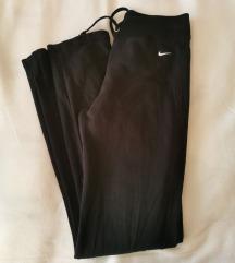 Nike trenirka xs