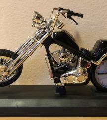 Model Harley Davidson z uro