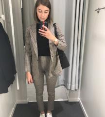 NOV H&M suit (hlace in blazer)