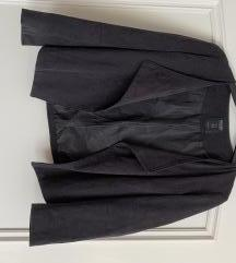 Črni blazer