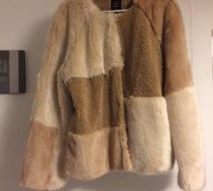 zara faux fur jaknica MPC  69 EUR