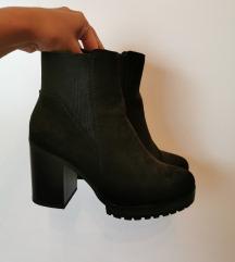 Polne pete - škornji