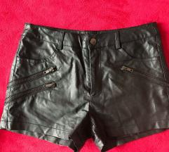 Usnjene kratke hlače