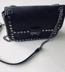Črna torbica, kot nova