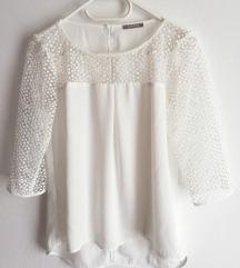 Bela luknjičasta bluza