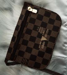 Nova Louis Vuitton pochette