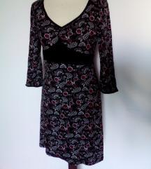 črna obleka z rožami 3/4 rokavi,prehodna,S/M