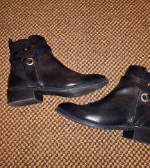 Črni gležnjarji / čevlji