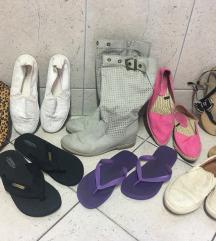Čevlji 40