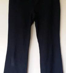 Športne hlače, vel.M (manjša)