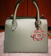 Nova srednje velika torbica