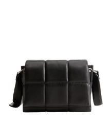 Nova Mango črna torbica