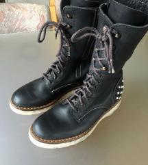 visoki usnjeni čevlji/škornji
