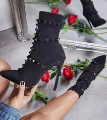 Valentino črni novi gležnarji
