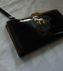 črna lakasta denarnica Pretty Girl