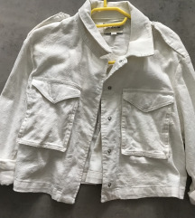 Krajša bela jakna