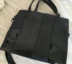 črna torba