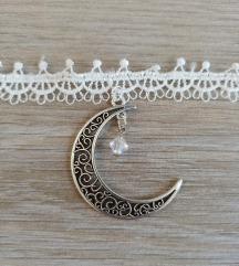 Bela verižica z luno