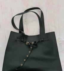 nova črna torba