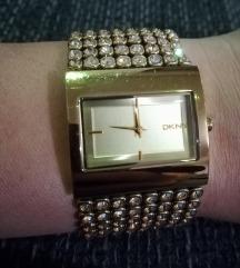 DKNY zlata ura