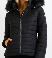 Nova GUESS jakna bunda z etiketo MPC 242 eur
