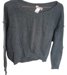 Siv pulover (5% kašmir, 5% angora, 25% volna)
