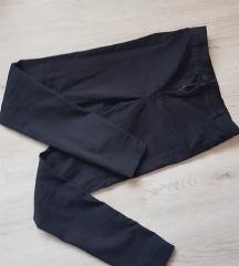 Črne high waisted hlače