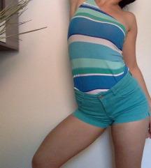 Kratke hlače mint barve