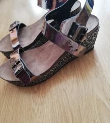 Poletni sandali, nošeni 2x