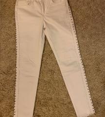 ZARA bele hlače (MPC:40 EUR)