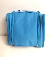Nova kozmetična torbica