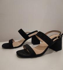 Črni modni sandali