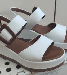 Beli sandali KOT NOVO