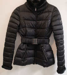 Marx zimska črna bunda s krznenimi dodatki, št. M