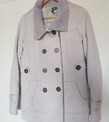 Debela zimska jakna, M