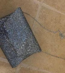 Elegantna torbica-poštnina všteta