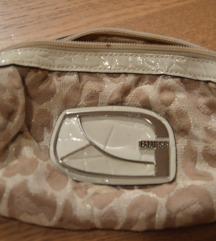 Guess torbica za ličila