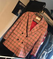 Stradivarius jakna karirasta blazer roza