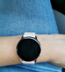 Pametna ura Samsung galaxy watch active 140€ 😊