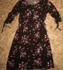 Obleka z rožicami