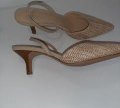 Sandali salonarji