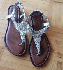 Sandali srebrni