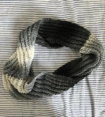 Ročno izdelan šal