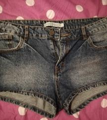 Bershka jeans kr. hlace