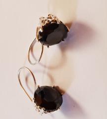 Srebrni uhani+poldragi črn kamen(pravo srebro)