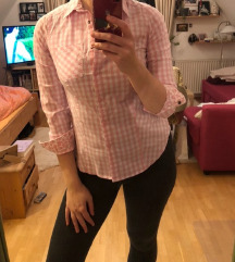 Roza bela bluzica karo motiv