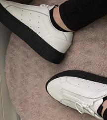 Adidas čevlji🌸