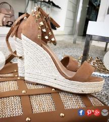 Renini sandali