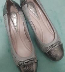 Novi sandali st 40