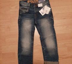 Nove jeans kavbojke št.110 oz.4-5let